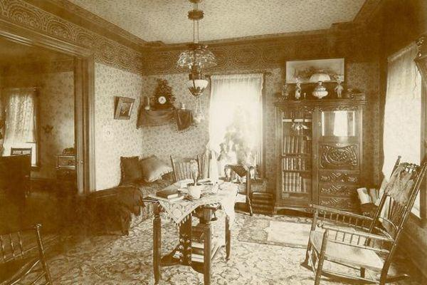 inside victorian homes 12