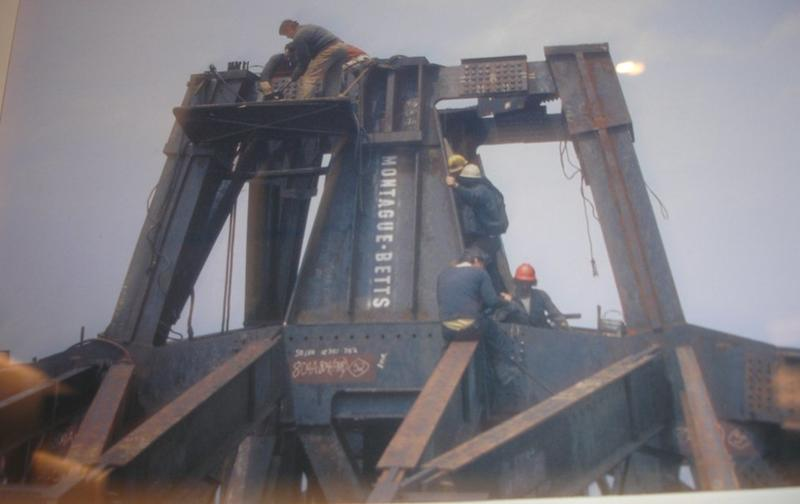 construction of twin towers 20