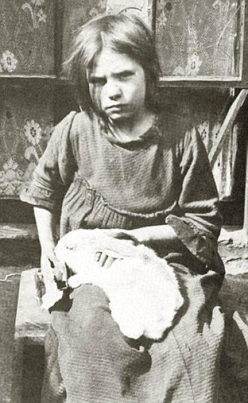 destitute-east-end-children-1