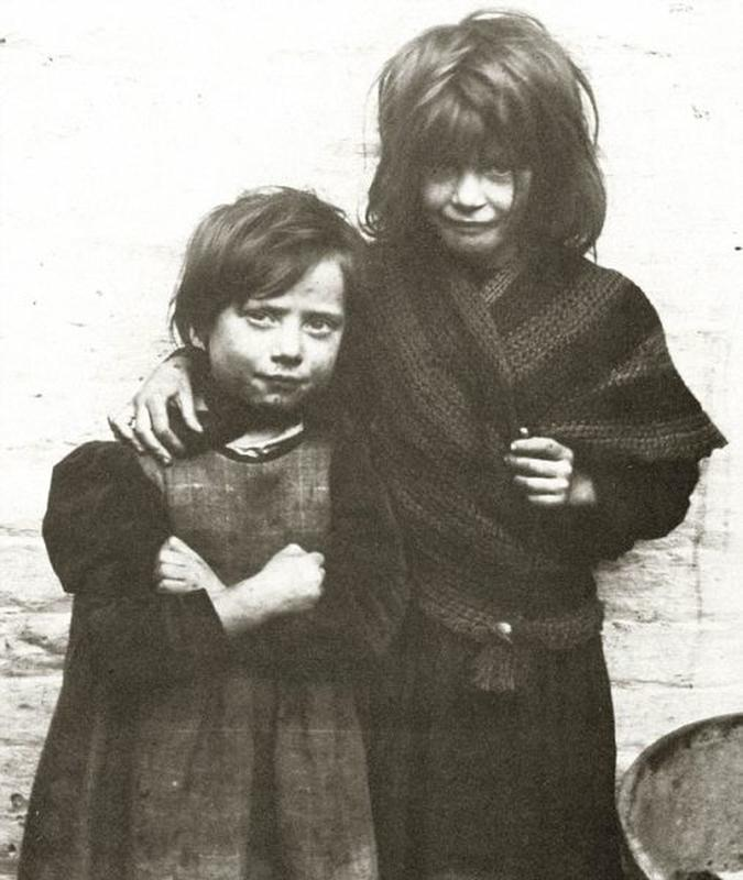 destitute-east-end-children-21