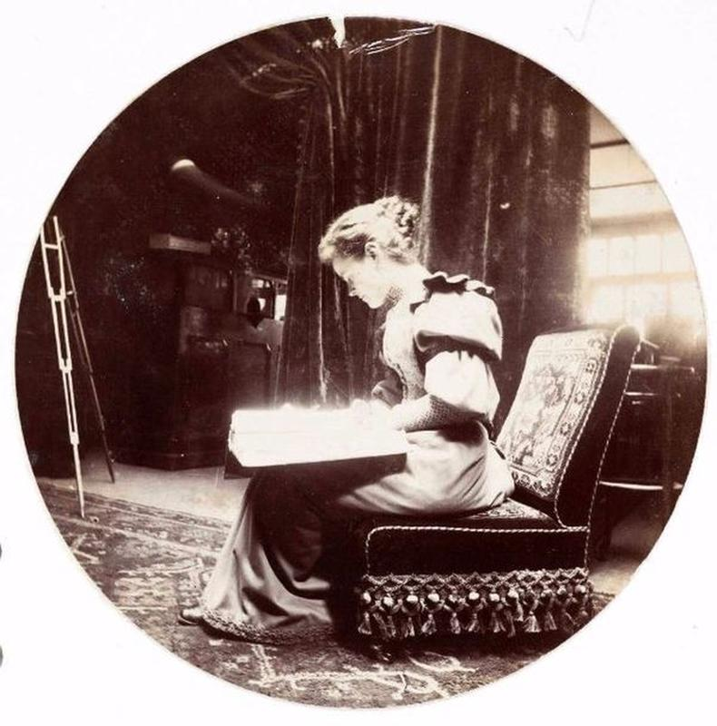 victorian-girls-and-their-books-17