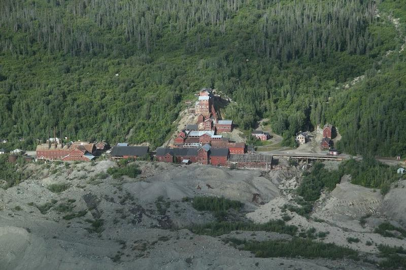 kennicott-copper-mining-town-12