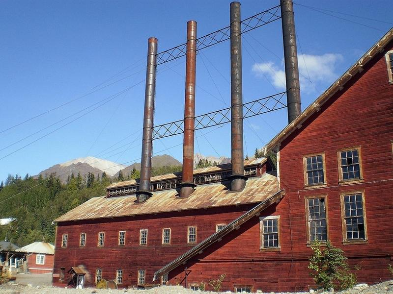 kennicott-copper-mining-town-9