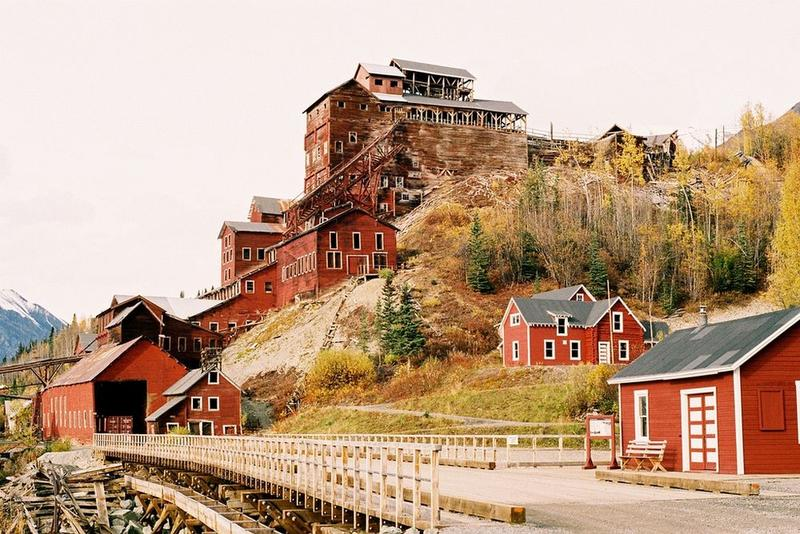 kennicott-copper-mining-town-1