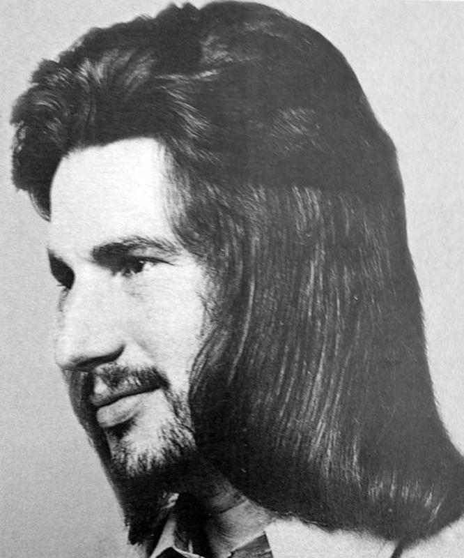 70s-men-hairstyle-23