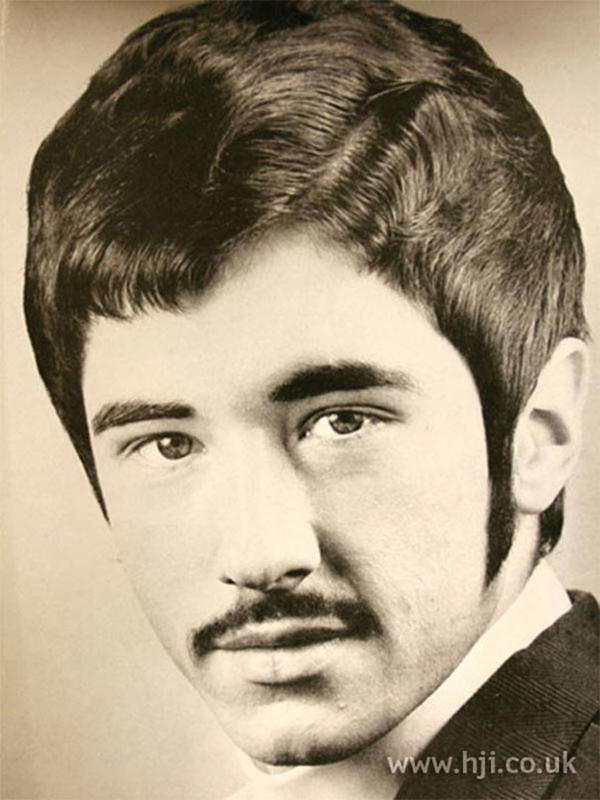 70s-men-hairstyle-11