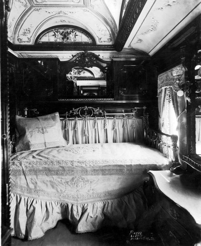 train-travel-1800s-4