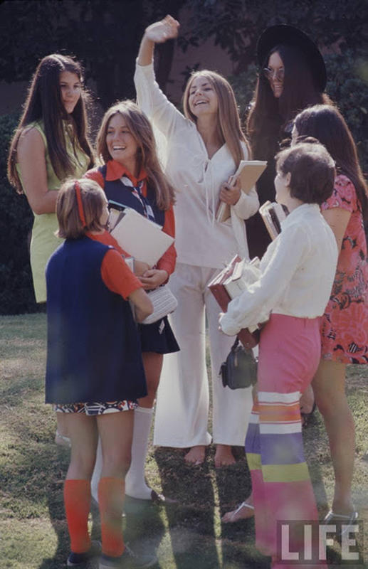 high-school-fashions-in-1969-5