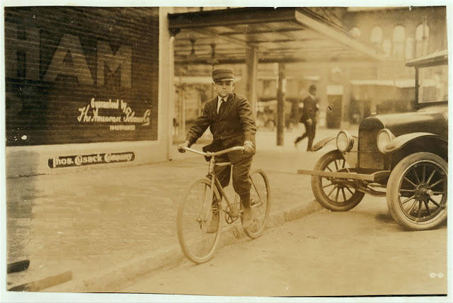 bike-messenger-lewis-hine-27