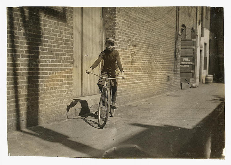 bike-messenger-lewis-hine-25