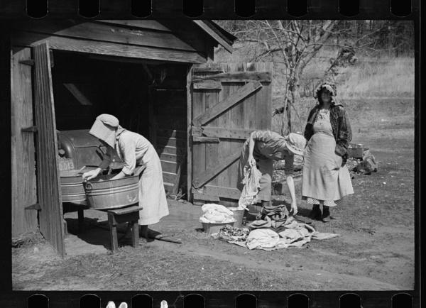 laundry-day1930s-3
