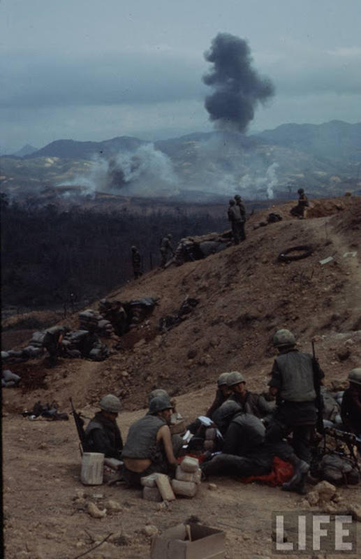 Larry-Burrows-Vietnam-war-photos-57
