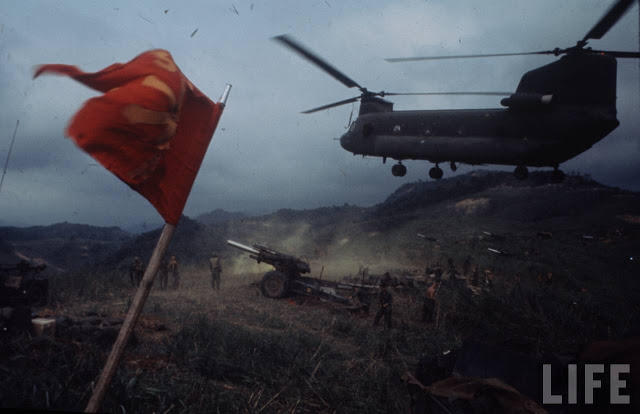 Larry-Burrows-Vietnam-war-photos-42