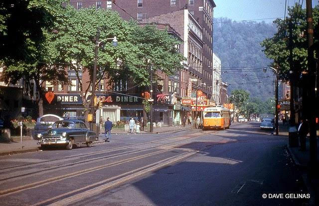 Streets of USA in the 1950s (7)