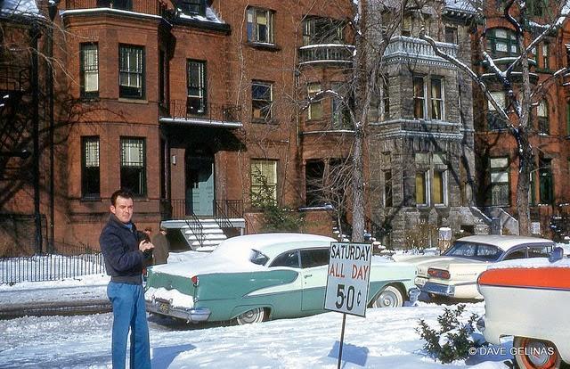 Streets of USA in the 1950s (36)