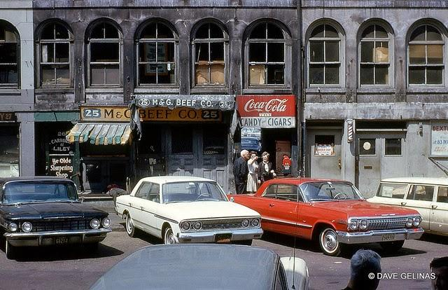 Streets of USA in the 1950s (35)