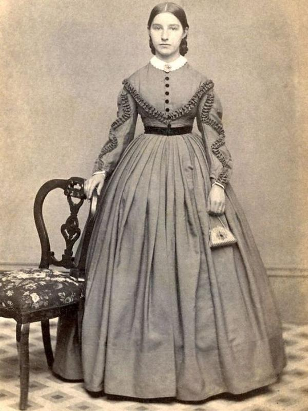 Victorian Teenage girs from the 1840s-90s (12)