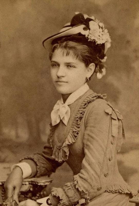 Victorian Teenage girs from the 1840s-90s (26)