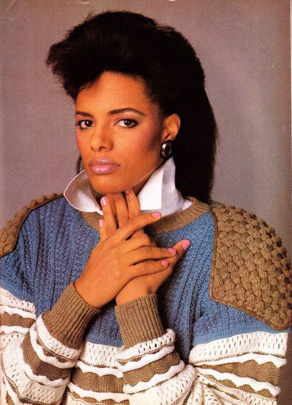 Women Rock Hairstyle in the 1980s (37)