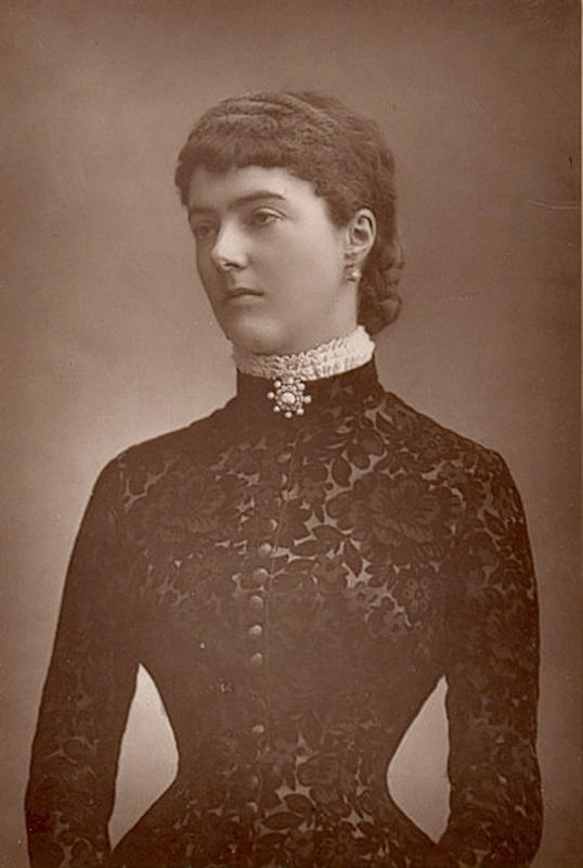 Victorian-Women-Fashion-3