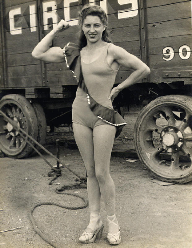 Vintage-Women-Photos-1