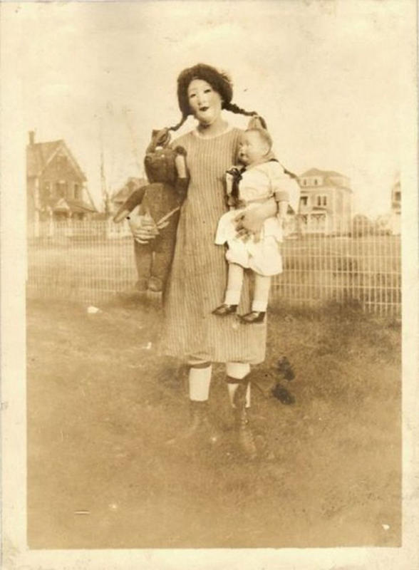 Vintage-Halloween-Photo-15