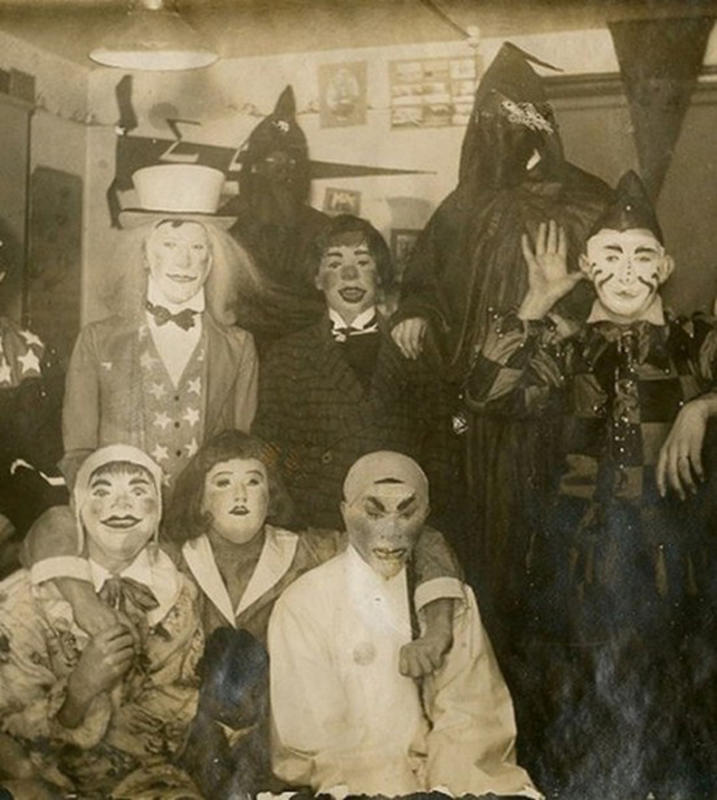 Vintage-Halloween-Photo-7