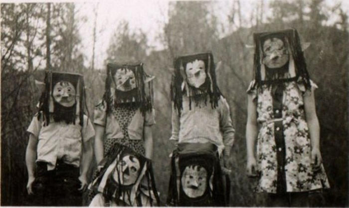 Vintage-Halloween-Photo-16