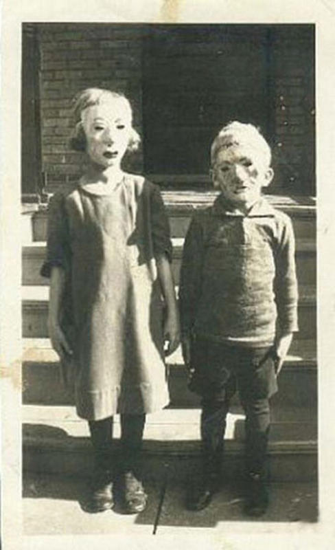 Vintage-Halloween-Photo-5