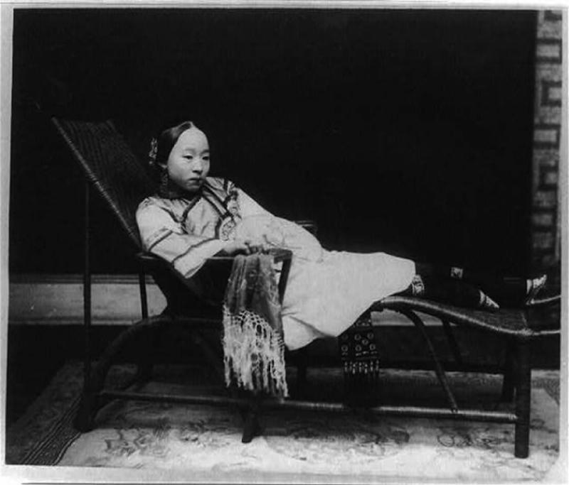 Chinese Women With Bound Feet 17