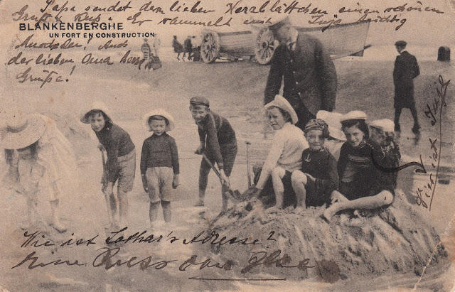 Edwardian Children at Beach 38