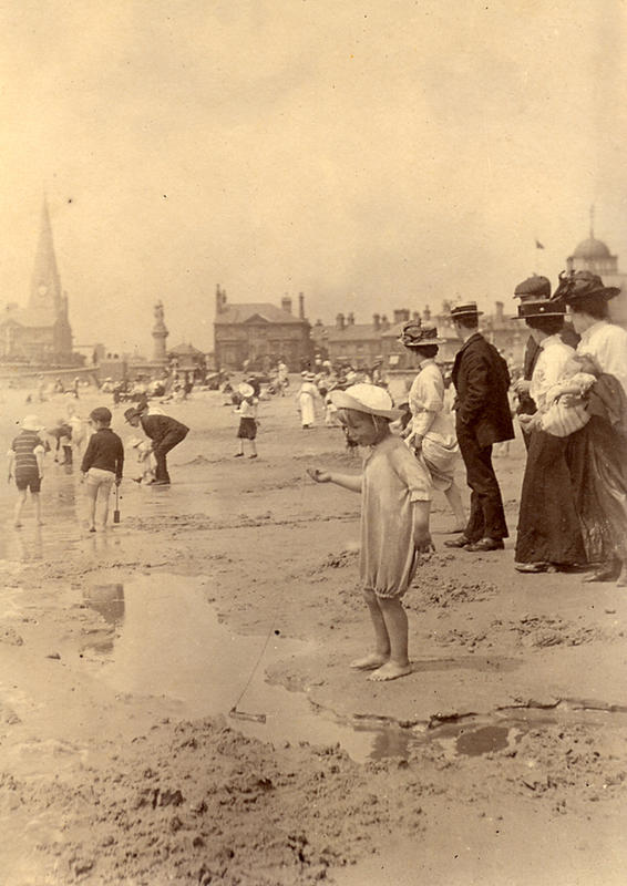 Edwardian Children at Beach 7