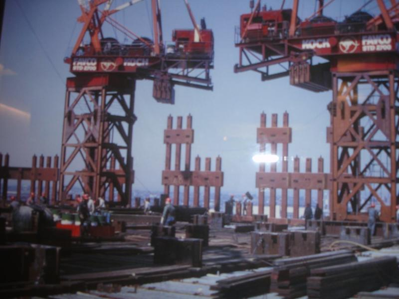 construction of twin towers 19