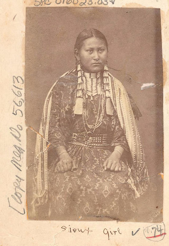native-american-girls-portraits-33