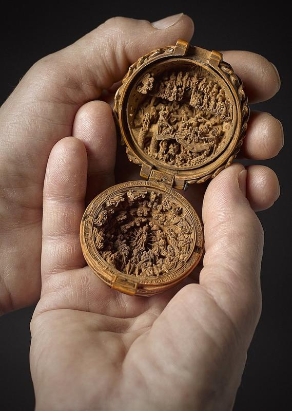 16th-century-boxwood-carvings-1
