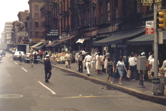 Incredible Vintage Color Photos Of New York Street Scenes