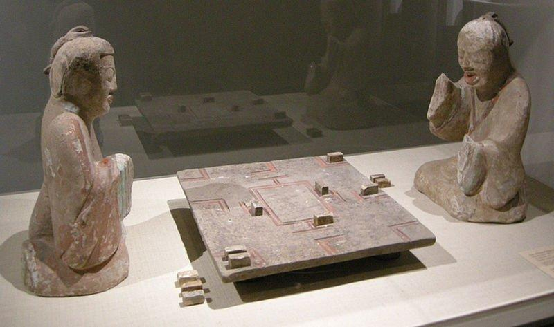 ancient-board-game-2