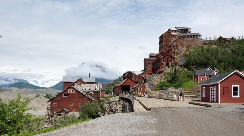 kennicott-copper-mining-town-4