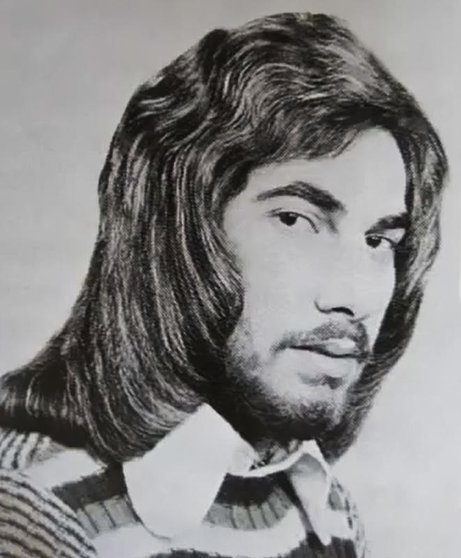 70s-men-hairstyle-20