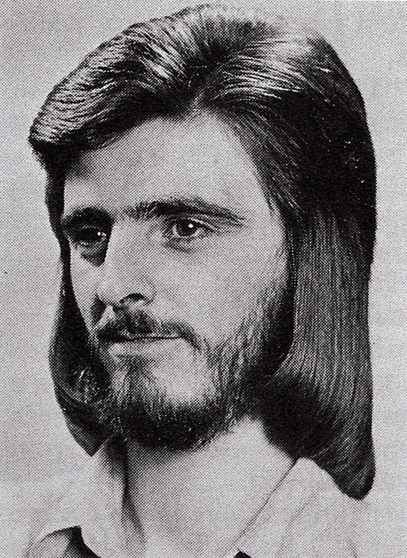 70s-men-hairstyle-9