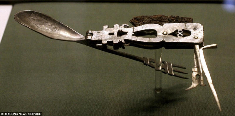 The Ancient Roman Army Knife From 200 Ad History Daily