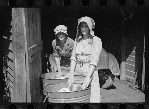 laundry-day1930s-4
