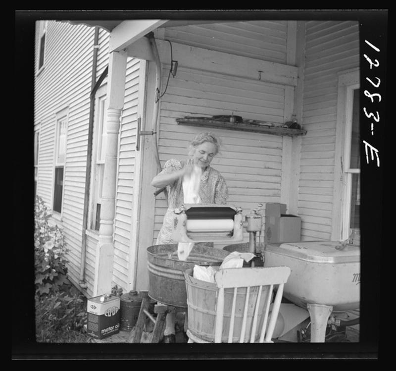 laundry-day1930s-1