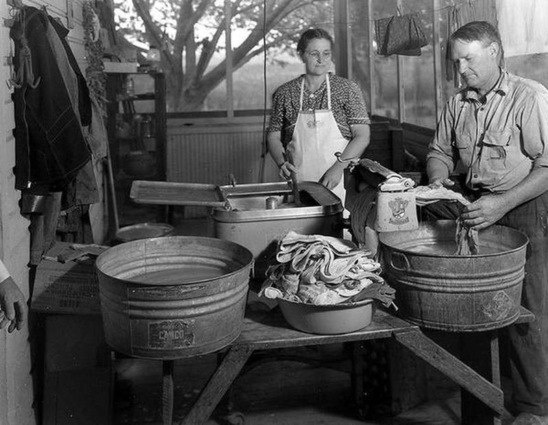 laundry-day1930s-2
