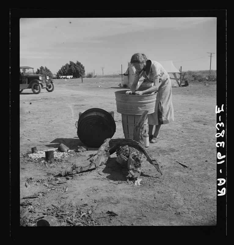 laundry-day1930s-9