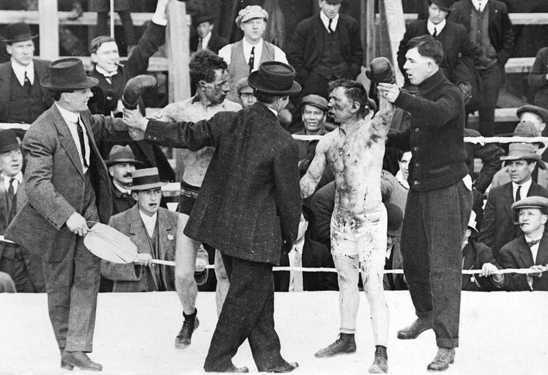 Boxing in 1913 (2)