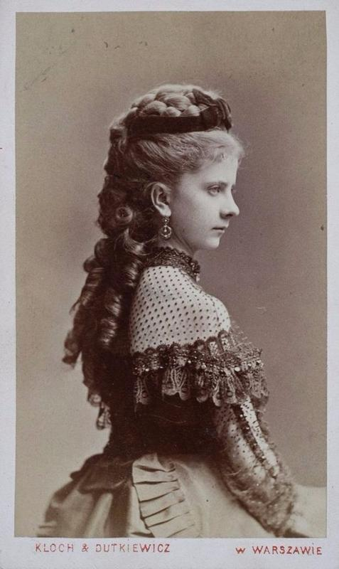 Victorian Teenage girs from the 1840s-90s (18)