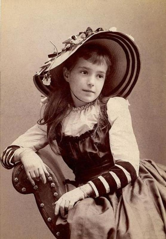 Victorian Teenage girs from the 1840s-90s (11)