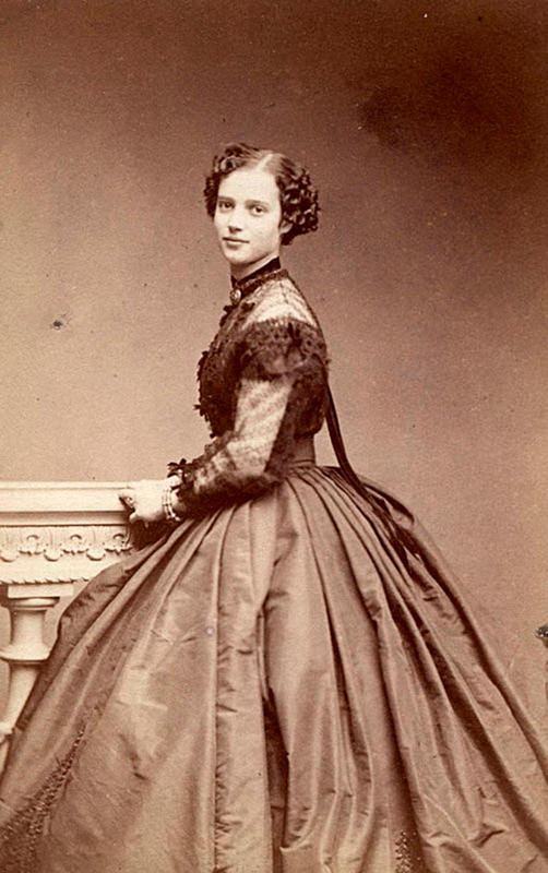 Victorian-Women-Fashion-15