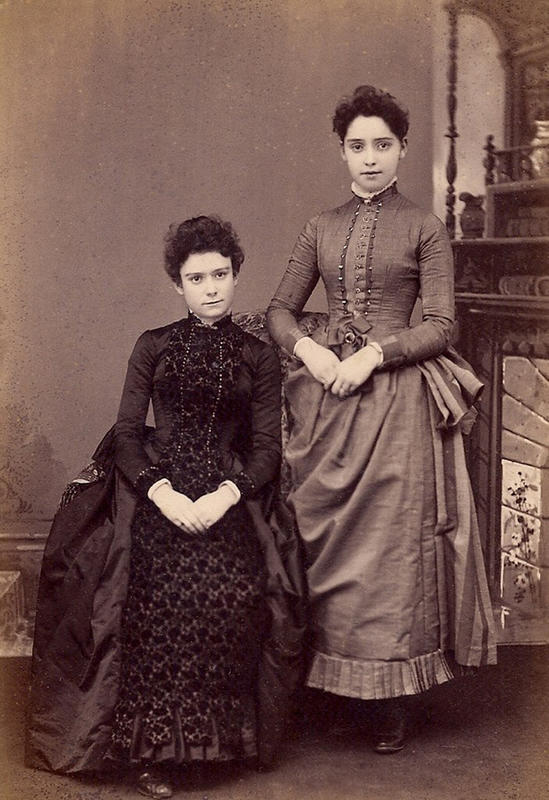 Victorian-Women-Fashion-9